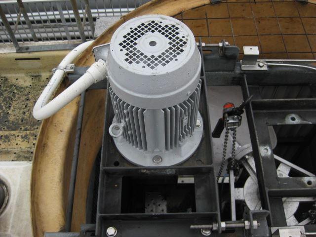 冷却塔モーター交換後_R