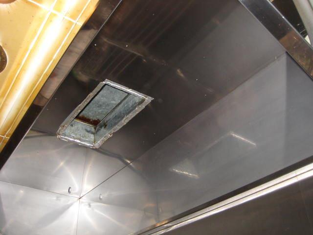 厨房排気系統ダクトフード清掃後_R